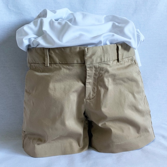 Banana Republic Pants - Banana Republic Hampton Sateen Khaki Shorts